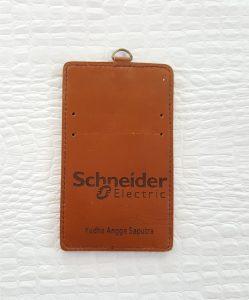 casing id card karyawan